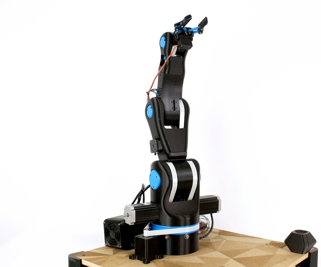 How to print your own Robot Arm | Techpeople